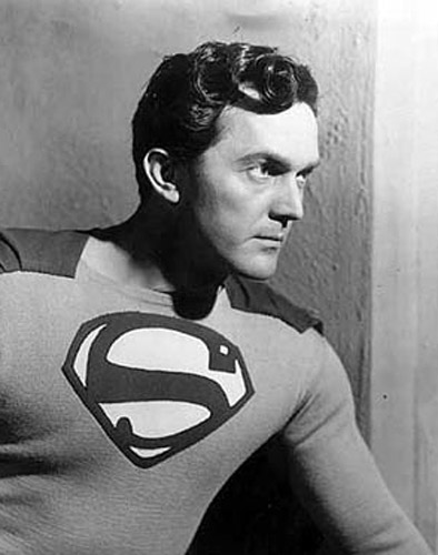 Kirk Alyn, como Superman